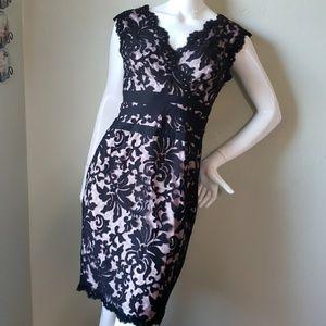 TADASHI SHOJI PETITE black lace overlay dress